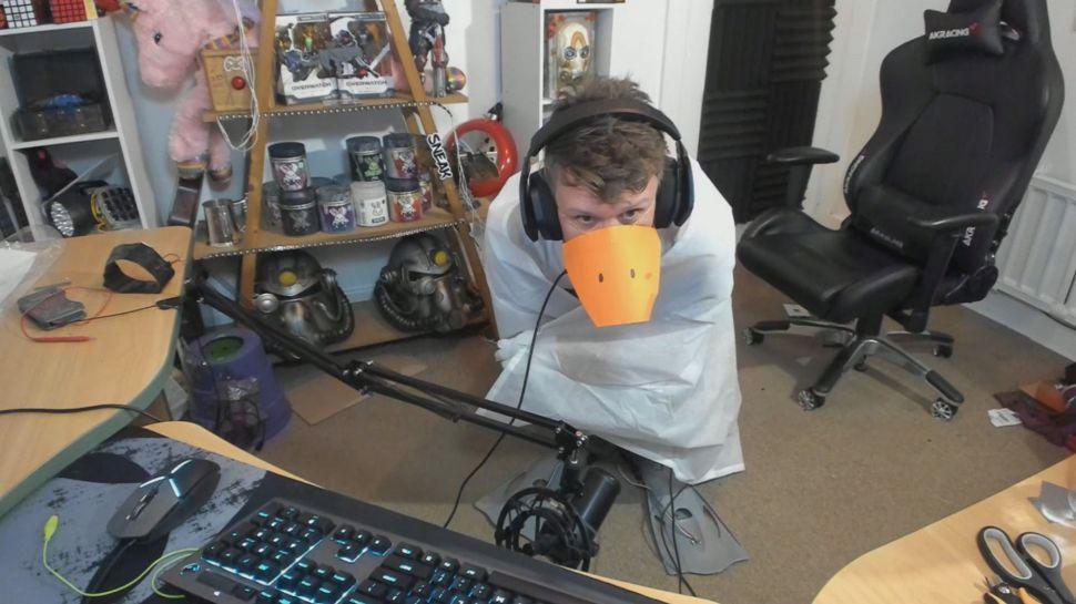 Стример превратил себя в игровой контроллер в игре Untitled Goose Game